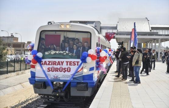 AK Parti Heyetinden Biri: Şeyin Trene Baktığı Gibi Bakıyorlar