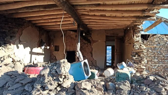 30 evin yıkıldığı mahalleye çadır vermediler