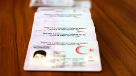 21 Eylül'den itibaren sürücü belgesi bilgileri yeni kimlik kartına yüklenecek