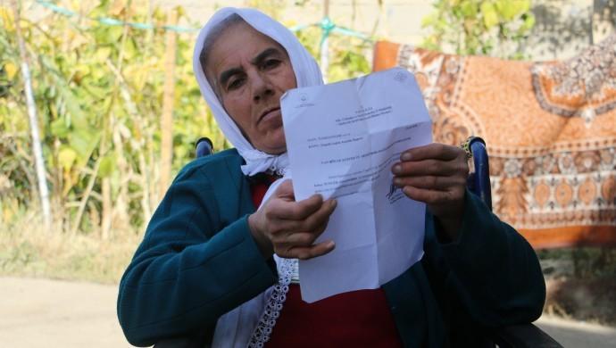 Parkinson hastası engelli kadının maaşı kesildi