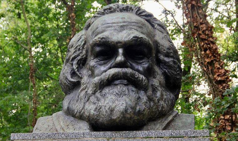 Karl Marx'ın mezarı turistik alana dönüştürülüyor