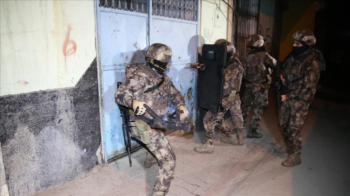 IŞİD'e İstanbul'da operasyon 16 gözaltı