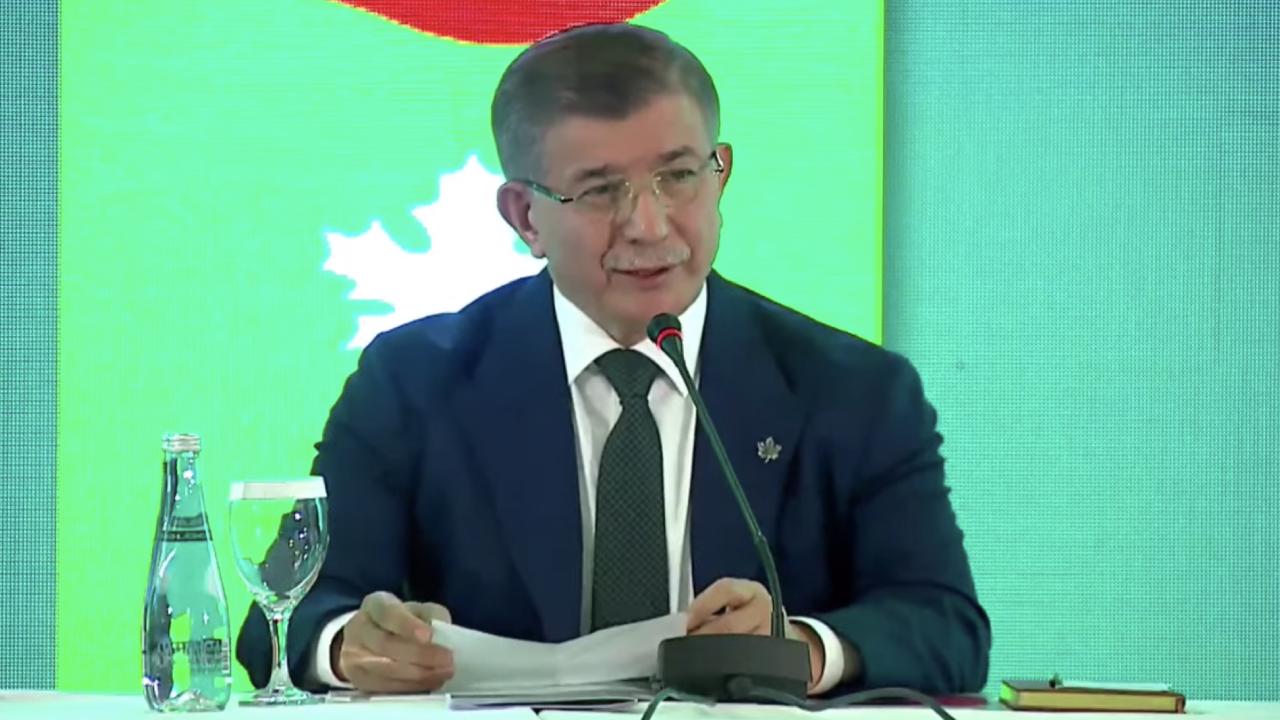 Davutoğlu'ndan Erdoğan'a: Kurtarma operasyonları önceden söylenmez, kapsamlı harekât içine konmaz