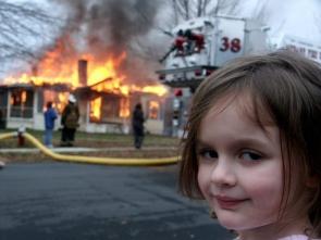 'Felaket kız' fotoğrafını servete dönüştürdü