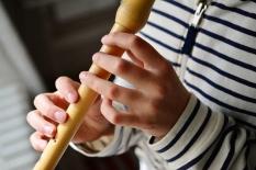 Beş çocuk okulda aynı flütü kullandı; sonuç: 14 kişi pozitif