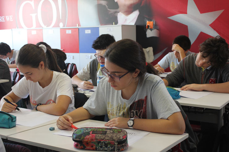 Salgında 938 özel okul kapandı