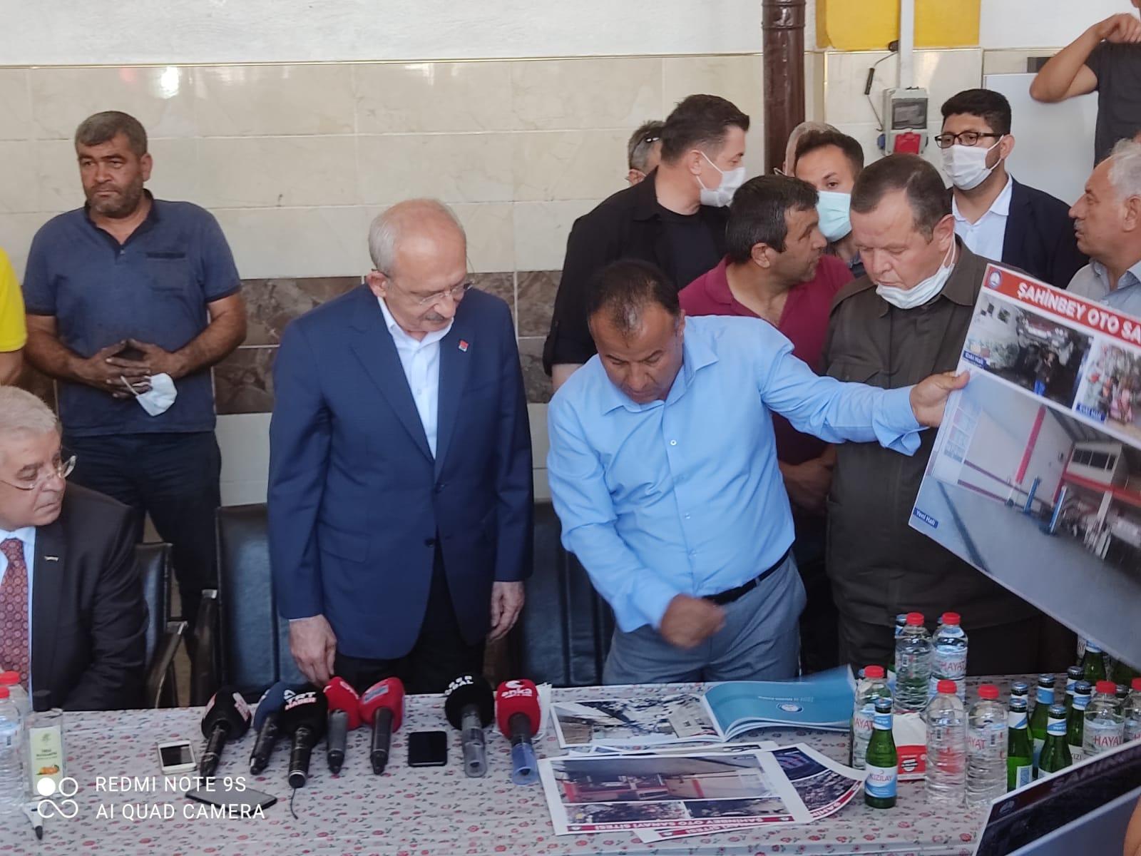 Kılıçdaroğlu,Mavikent sanayi sitesinde esnafla buluştu
