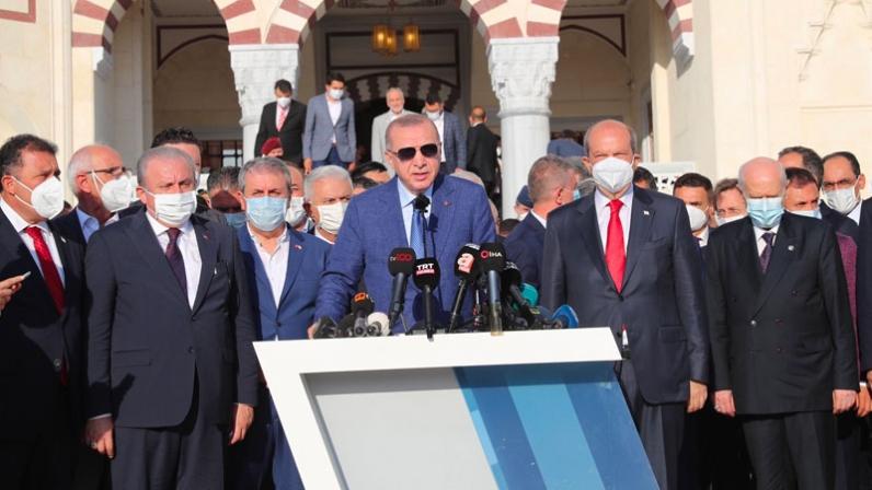 """Erdoğan'ın Taliban açıklamasına tepki; """"Laik Türkiye Cumhuriyeti yurttaşları olarak tamamen ters yandayız"""""""