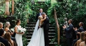 Açık havadaki düğünde tam aşılı altı kişi Delta varyantı kaptı