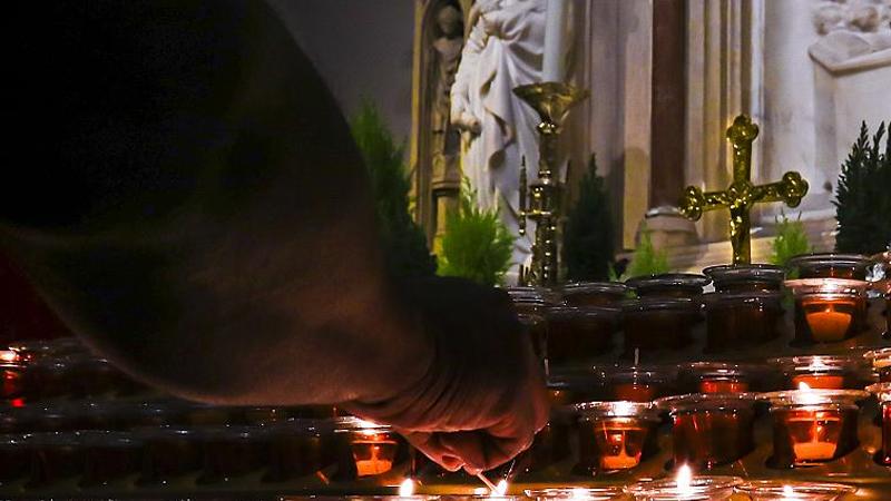Fransa Katolik Kilisesi'nde pedofili skandalı: 70 yıl içinde 216 bin vaka!