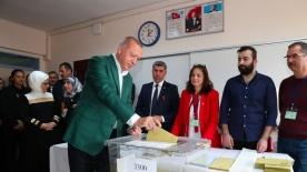Metropoll anketi: Bu pazar Cumhurbaşkanlığı seçimi olsa ve Erdoğan yeniden aday olsa seçimi kazanır mı?