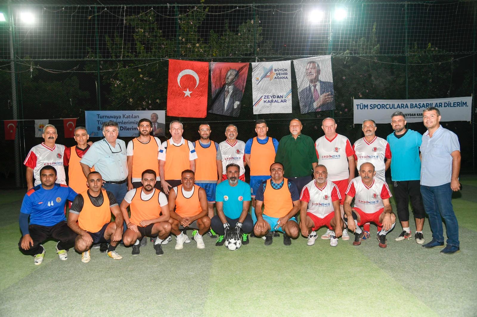 Adana Büyükşehir Belediyesi Cumhuriyet Futbol Turnuvası başladı